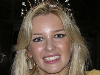 gratuitously, Miss Croatia again